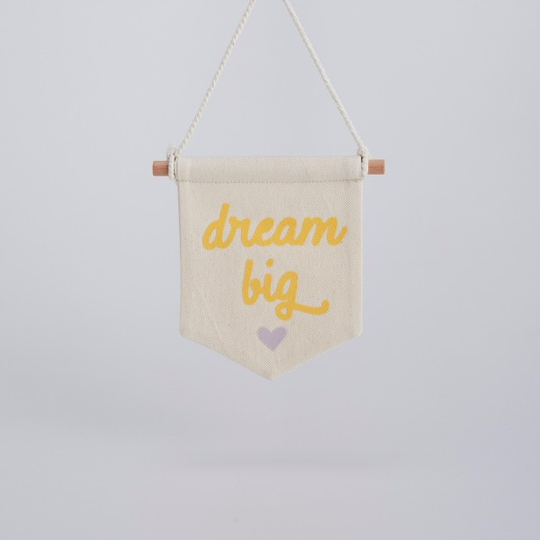 Mini Dream Big Bayrak 4